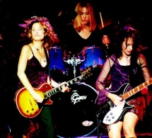 The Bangles - Eternal Flame vs. Shakira - Underneath Your Clothes